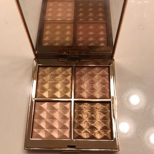 Laura Mercier Magic Hour Face Illuminating Palette